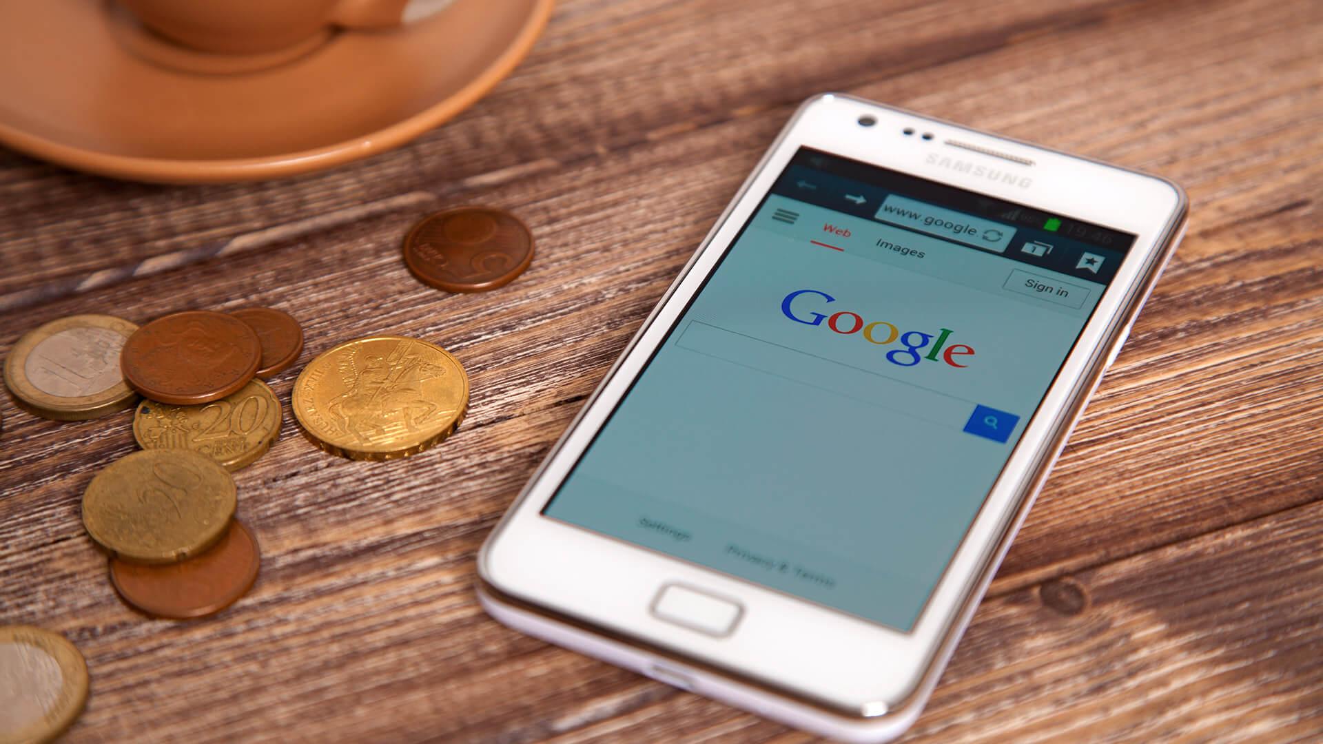 """Google prueba """"Lo más interesante"""" y """"Lo que hay cerca"""" como opciones de búsqueda de Android"""