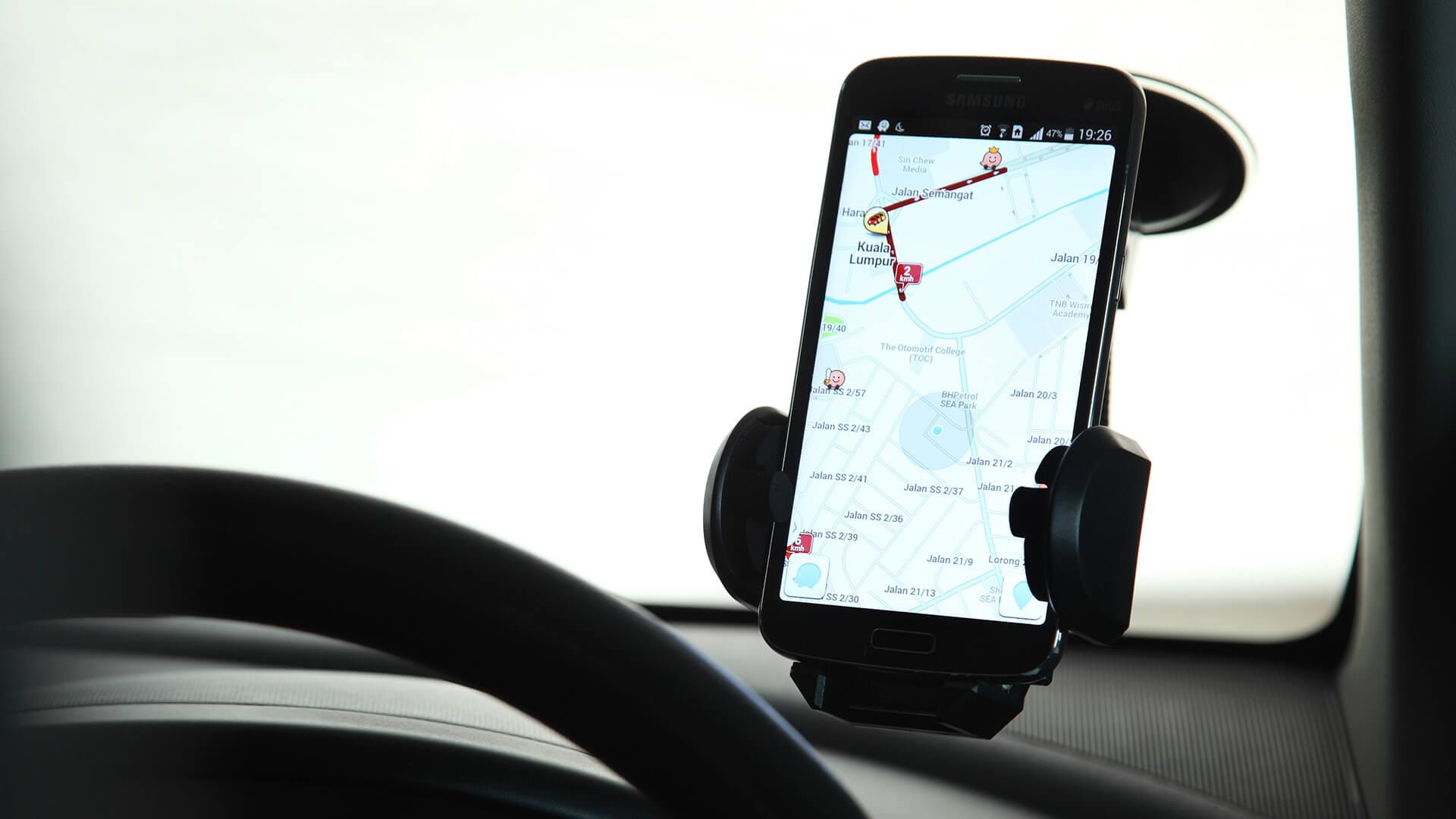 Google lleva el Asistente a Waze