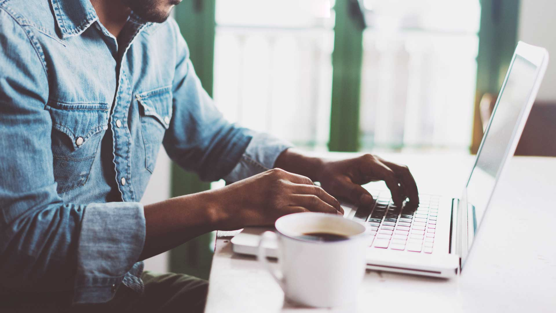 Los beneficios de utilizar herramientas de gestión de proyectos y flujo de trabajo