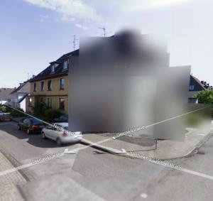 Los fanáticos de Google arrojan huevos a las casas borrosas en Google Street View